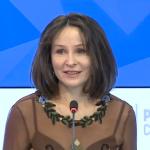 Наталья Мантурова на втором заседании дискуссионного клуба «Красота в женских руках»