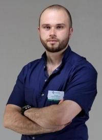 Пластический хирург Максим Пискун