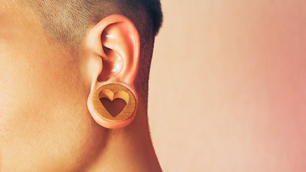 Пластика мочки уха — исправляем ошибки молодости