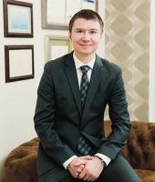 Пластический хирург Жолтиков Виталий