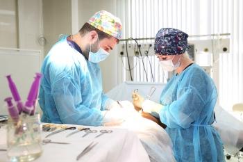 Пластический хирург Нарек Мовсисян
