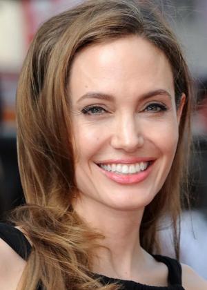 Анджелина в 2013 году