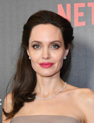 Анджелина в 2017 году