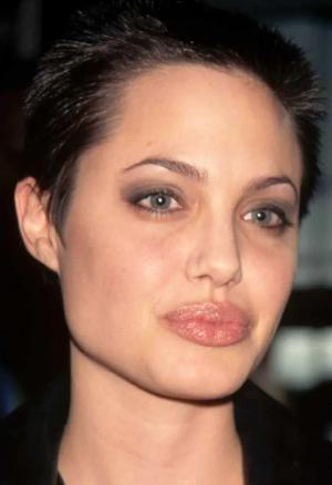 Анджелина в 1997
