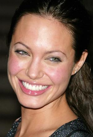 Анджелина в 2003