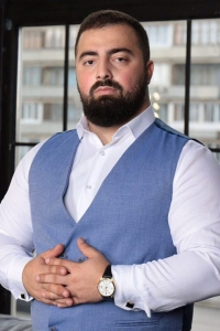 Гукас Миракян увеличение груди